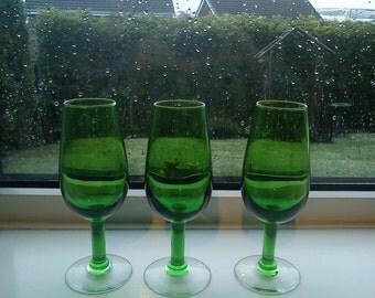 Vintage/Retro green drinking glasses x 3