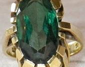 Vintage Art Deco 14K Gold Green Spinel Ring