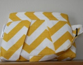 Chevron Pleated Small Wristlet Clutch: Yellow and White (sale)