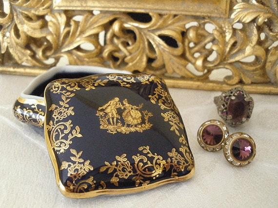 VINTAGE French LIMOGES porcelain trinket box