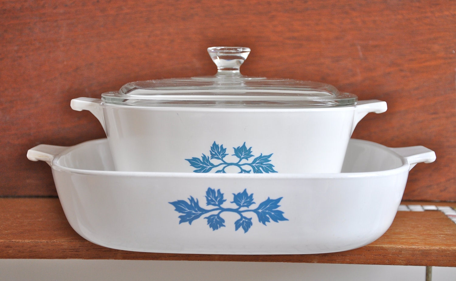 Pyroflam Corningware Bowls With Glass Lids Set Of Two