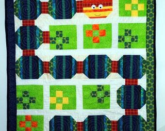 Baby quilt, pieced, inch worm
