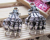 6pcs of Antique Silver Skull On Skeleton Hand Charms 23x40mm A403-6
