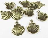 Shell Charms -20pcs Antique Bronze Sea Shell Charm Pendants 15x28mm C301-3