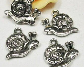 25 pcs of Antique Silver Snail Charm Pendants 16x18mm A505-1