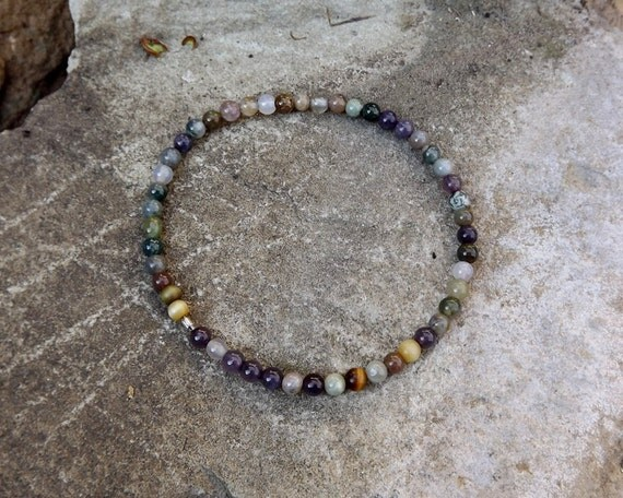 Agate mixed color beaded bracelet