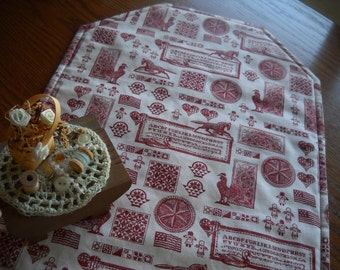 Primitive Maroon and Ecru Fabric Quilted Buffet and Table Runner
