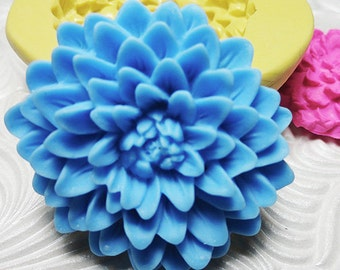 POM POM Flower Chrysanthemum Mold Flexible Silicone Rubber Push Mold for Resin Fondant Clay Ice 4733