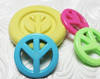 PEACE SIGN Mold Flexible Silicone Push Mold for Resin Wax Fondant Clay Fimo Ice 5227