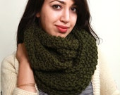SALE Forest Green Infinity Scarf