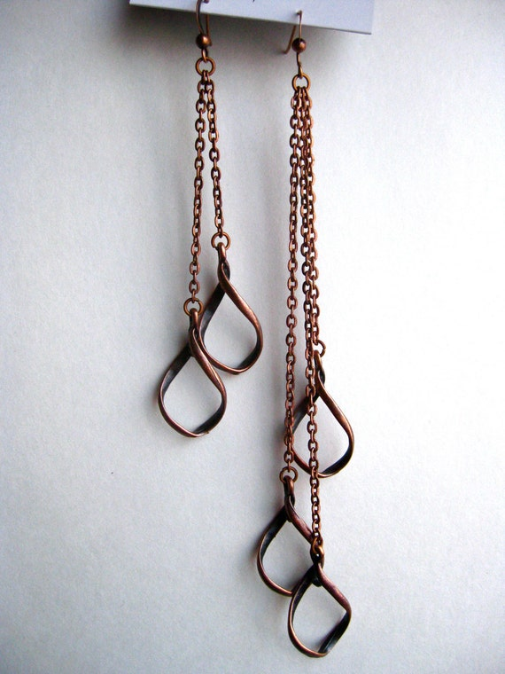 Long chain earring with a water drop. Antique Copper or Metal Gold color