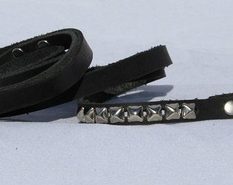 Small Black Leather Leash with Pyramid Studs