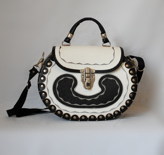 SALE Vintage Black and White Mexican Rockabilly Purse