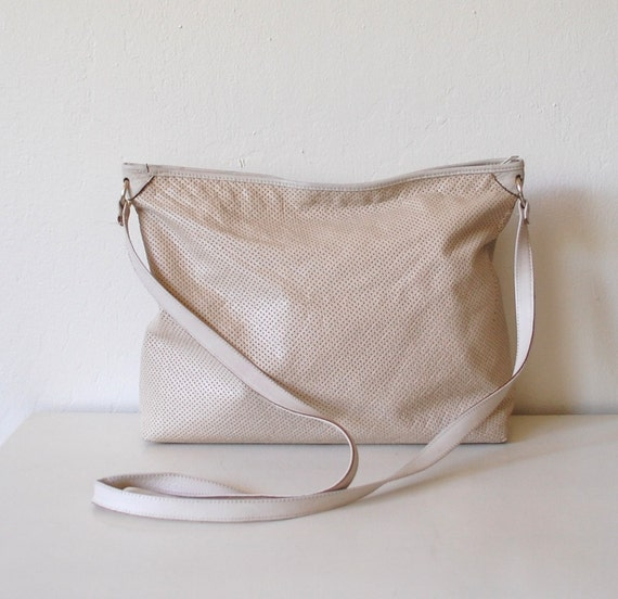 Light Leather Hobo - Vintage Slouchy Perforated Tan - Italy