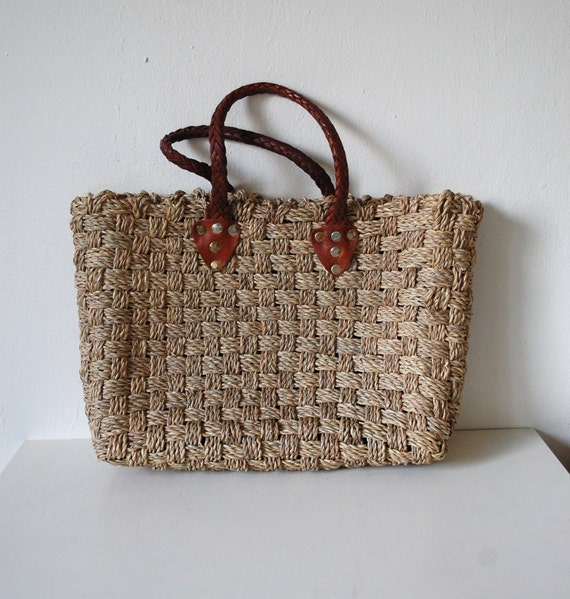 Vintage 70s Woven Straw / Jute Large Summery Beach Tote Bag
