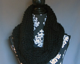 The Colossal Cowl - Black