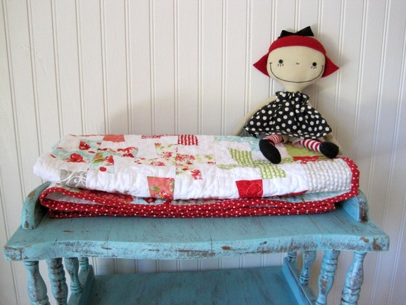 Ruby baby quilt, FREE US SHIPPING