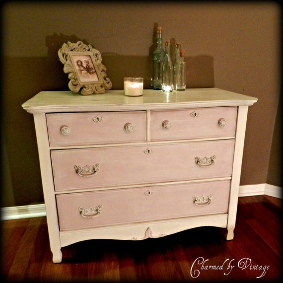 Vaisselier Shabby Chic: Antique Hand Painted Pink Shabby Dresser By CharmedByVintage