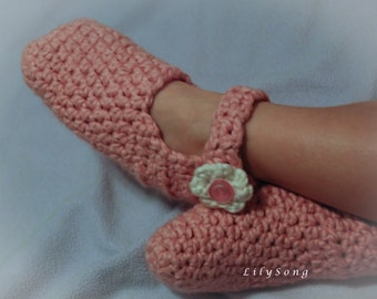 LilySong EVIE SLIPPER : See links for FREE Crochet Pattern