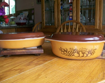 Vintage Pyrex Old Orchard Pattern Casserole set