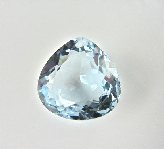 1 piece of aqua blue quartz fancy heart cut drilled