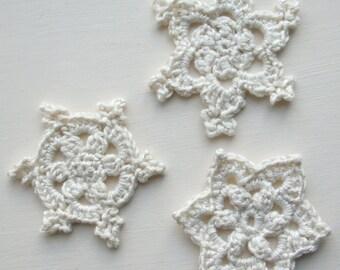 Snowflakes Crochet Pattern (pdf)