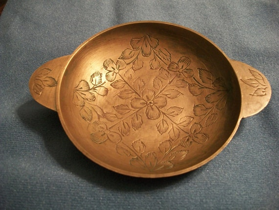 SALE was 15 now 10. Vintage small brass inscribed bowl. Floral design.