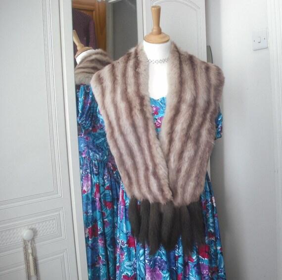 Classic vintage 1950's blonde fur stole fur cape with tails