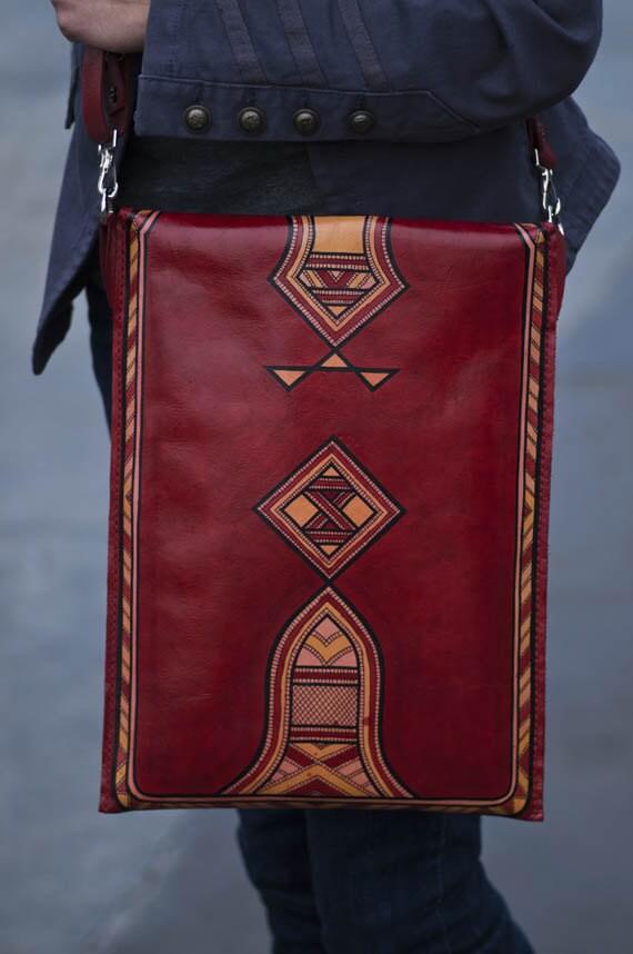 Leather Sleeve / Case 15in MacBook Pro Laptop, Red Tuareg Motifs