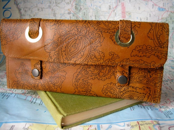 Paisley print--long leather wallet