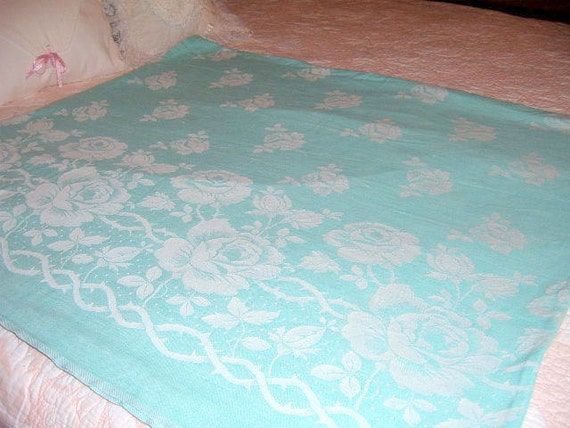 20 % OFF  Vintage Damask Tablecloth,  Aqua  ,Table Cloth, Turquoise