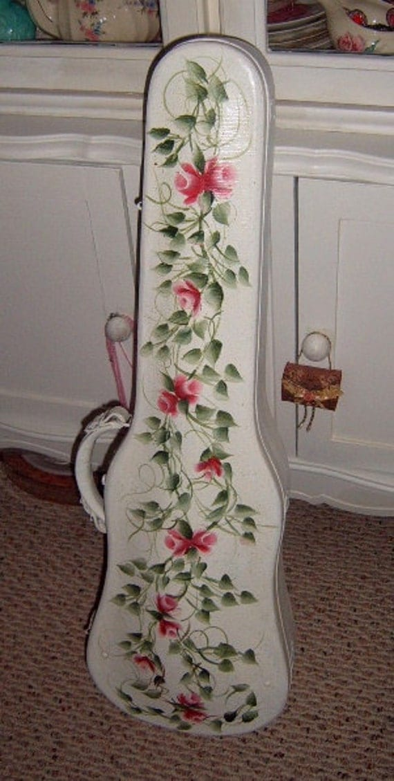 30% OFF Fiddle Case, Violin Case, Hand Painted,, Roses, White, Home Decor, Shabby chic. French, Paris Apartment
