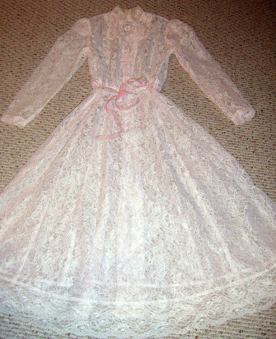 20% OFF    Vintage Lace Dress.  Pink, Clothing, Romantic,