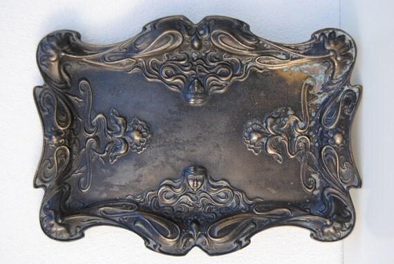 ART DECO -  art nouveau - brass tray