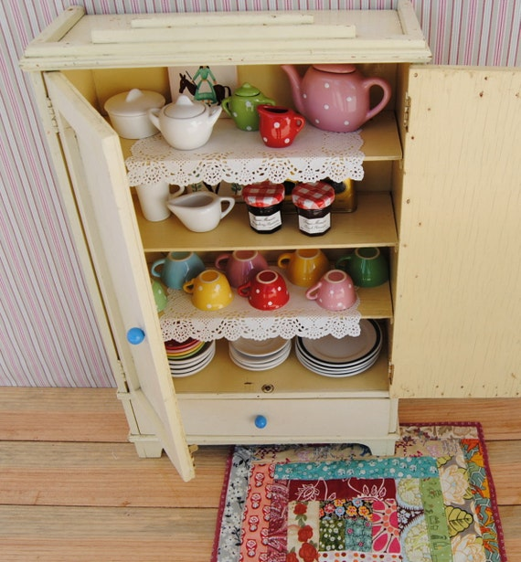 Unique 1950's vintage miniature TOY CHINA CABINET - handmade wooden cabinet with drawer and shelves - painted in white/eggshell colour (02)