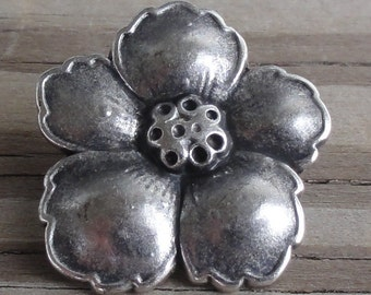 2 Metal Buttons Antiqued Silver Hibiscus Flower Button with Shank