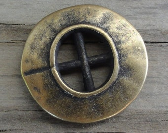 2 Metal Buttons - Antiqued Brass Porthole
