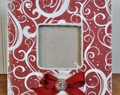 Red and White Square Christmas Picture Frame