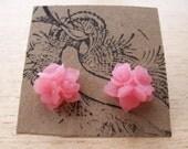 Dusty Pink Semi-Translucent Bouquet Flower Earrings
