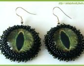 Green eyes glass cabochon earrings beaded natural beautiful
