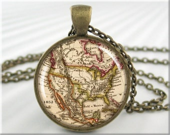 Old Map Pendant Resin Charm North American Map Jewelry Picture Necklace (209RB)