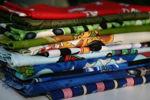 Destash Clearance 1 lb (500g) Mixed Boys Quilting Fabrics - Blue, Green, Red. Suitable for I Spy Quilt.