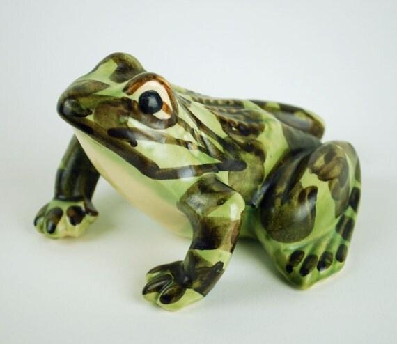 Vintage Brush Mccoy Frog Figurine