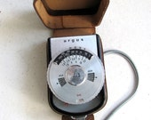 1960s vintage Argus L3 light meter with original leather case