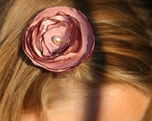 The Lauren Flower Hair Clip-Rose Pink