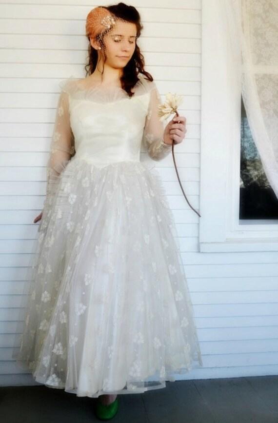 Passaflora Wedding Dress