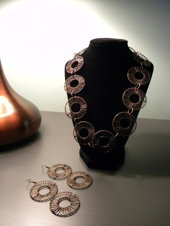 Circular Bliss Necklace and Earring Set