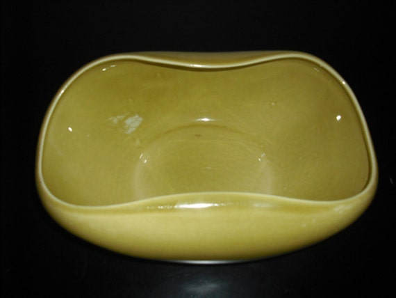 American Modern Large Salad Serving Bowl by Russell Wright