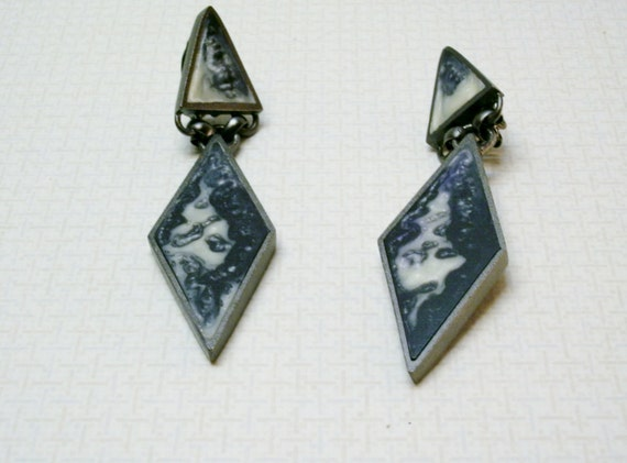 Mexican Signed Stone Inlay  Clip On Earrings