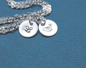 Initial necklace & Mama bird charm, mother and child, sterling silver, simple, everyday silver jewelry, personalized gift, stamped disc